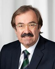Hon. Prof. Dr. Bernh Vanas, Tel: +43 664 815 36 42