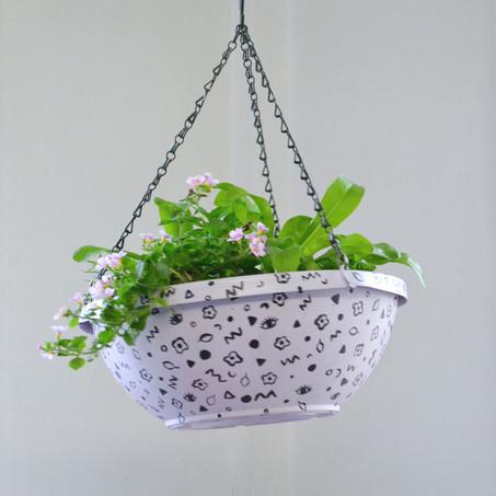 Lilac planter