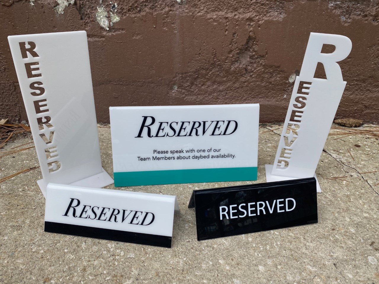 Reserve Signs