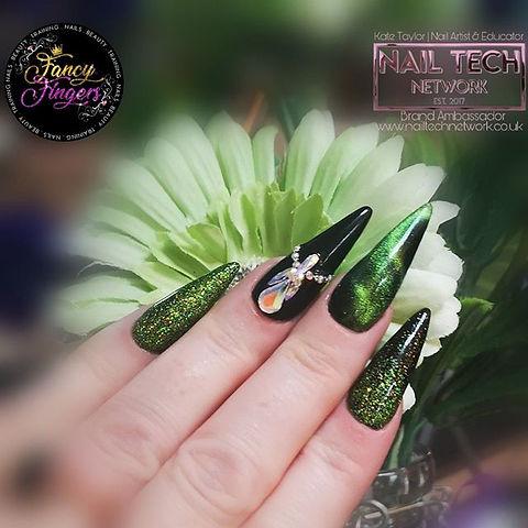 My nails 💅 💖⠀ ⠀ #nailart #nailtech #na