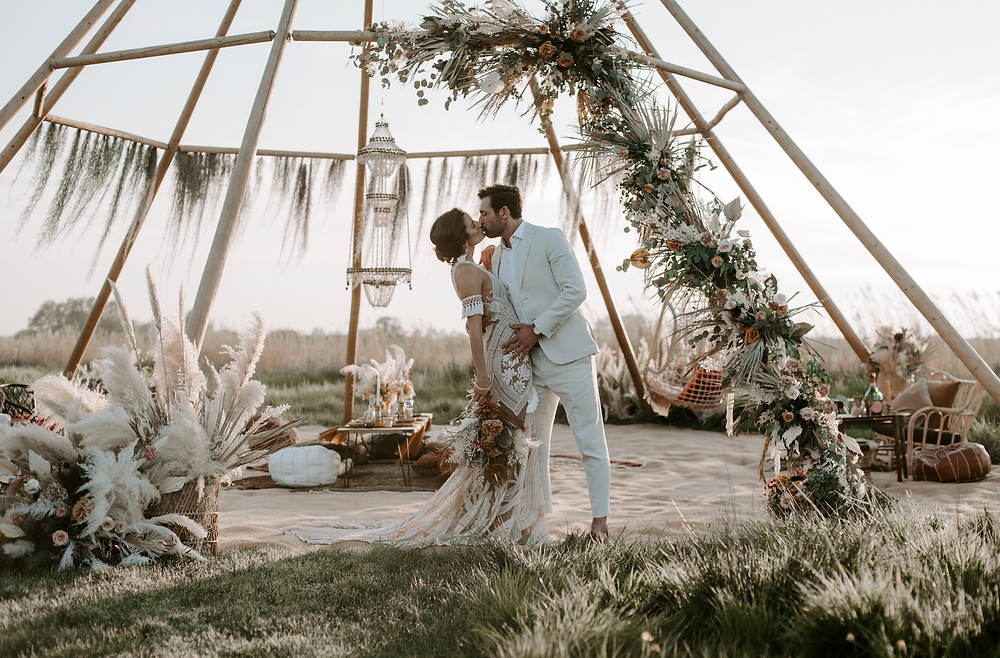 outdoor wedding boho style