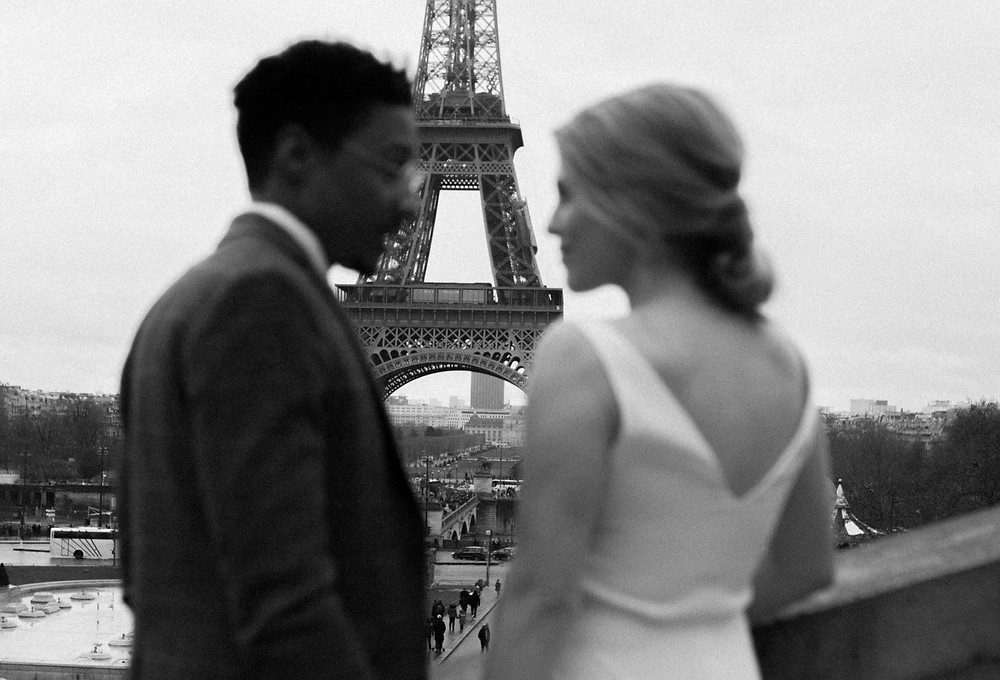 Uk Couple Photoshoot In Paris