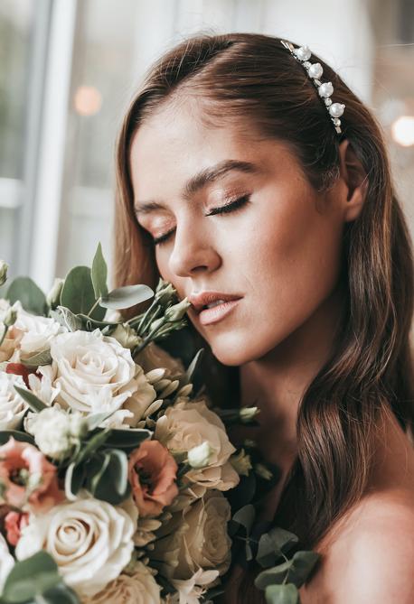luxury and editorial wedding photographe