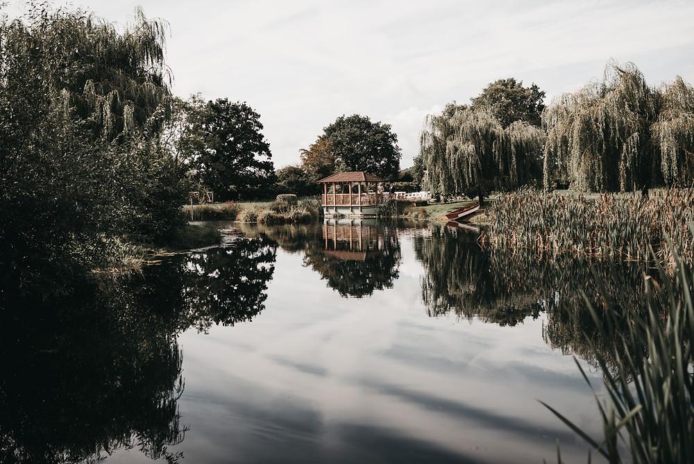 beautiful wedding lake at wootton park wedding venue