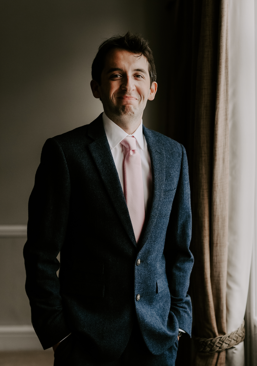 groom at the oak tree of peover - wedding photographer