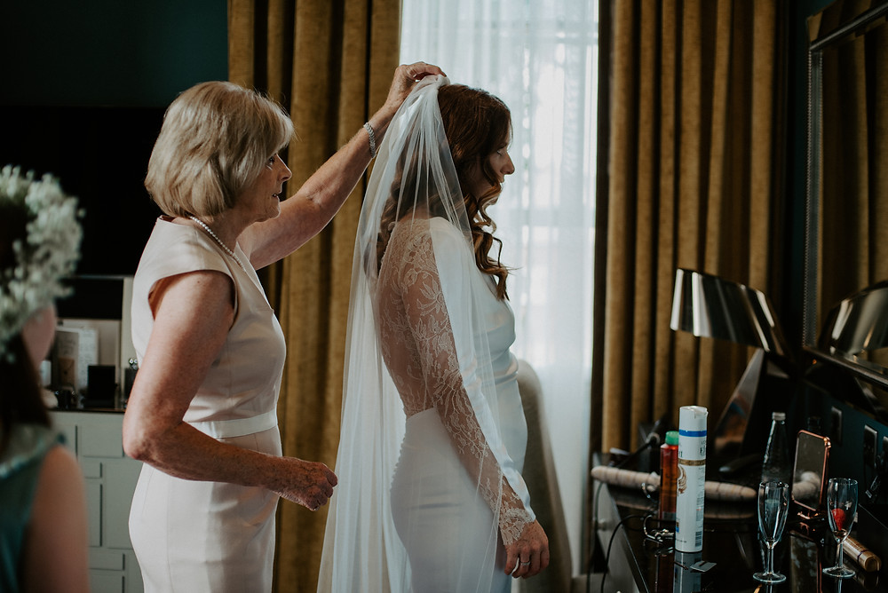 bridal preparation with mother - cheshire wedding photography