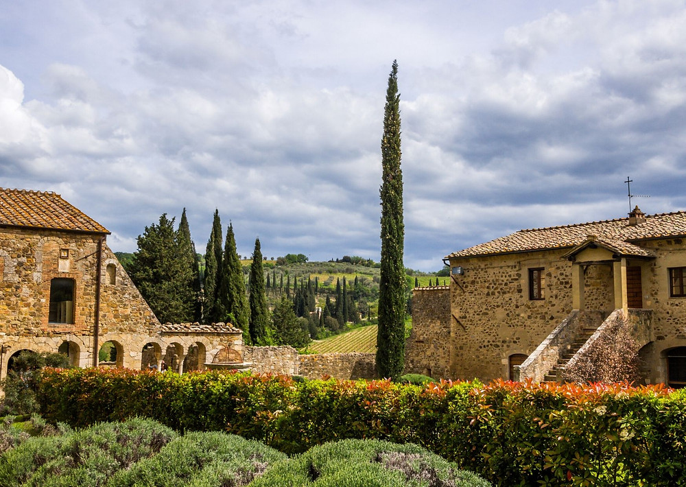 Siena wedding venue -  best tuscany wedding photographer