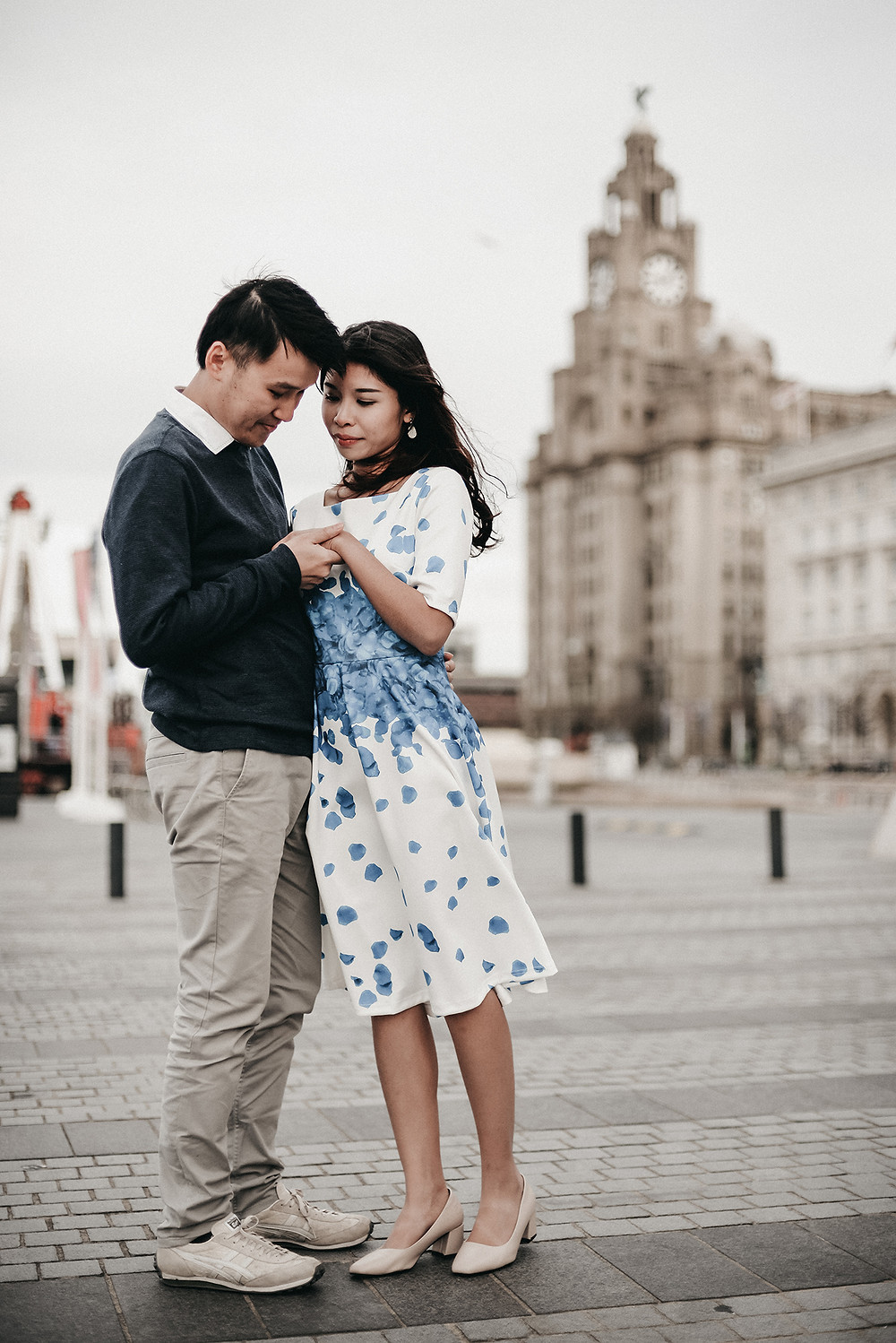 Engagement Session in Liverpool , Albert Dock | Pre-wedding photography