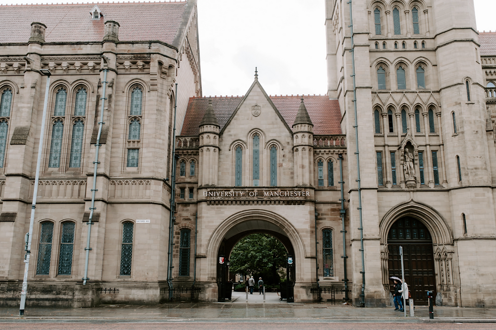Pre-wedding session in Manchester | The Manchester University photos