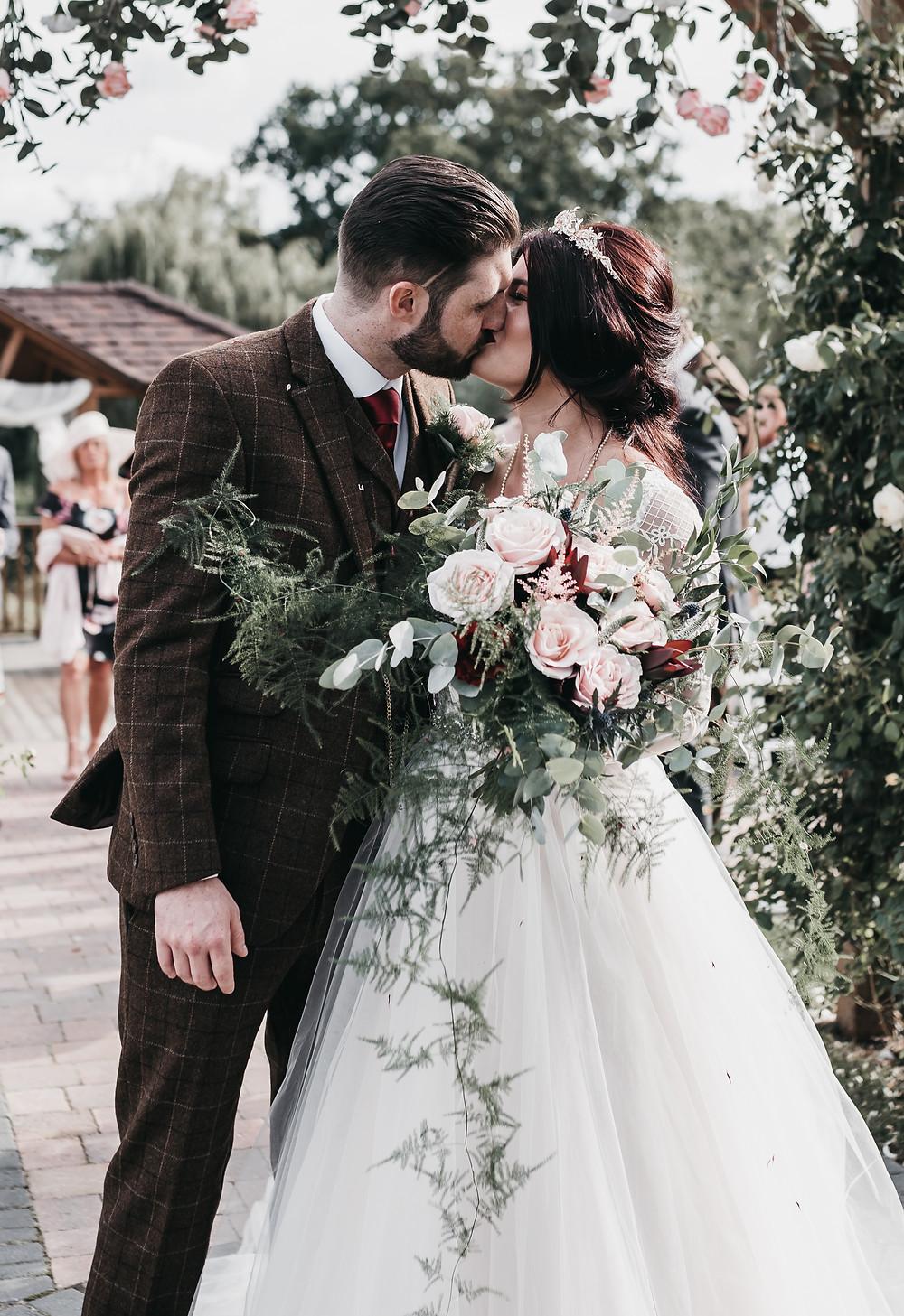 Wootton Park (Wedding Barns Henley in arden) | Wedding photography
