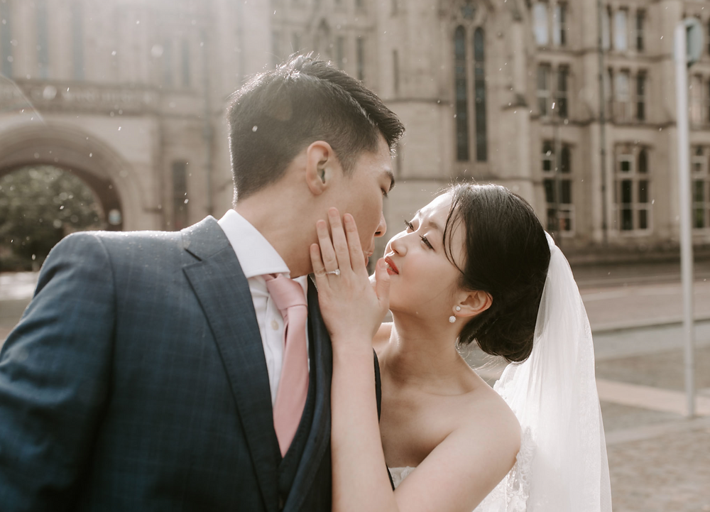 Best Manchester Wedding Photography | Enagagement session