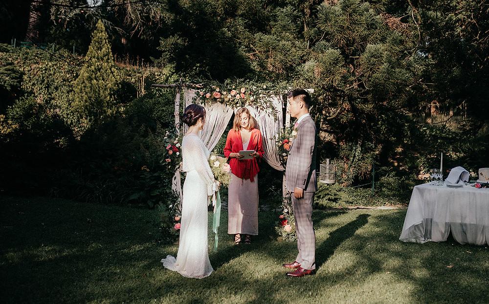 Outdoor wedding ceremony at Schlosshotel Kronberg