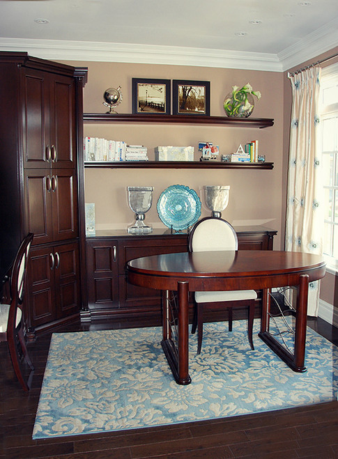 An office for the Lady Boss