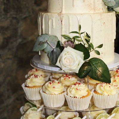 heather wedding cupcakes edit.jpg