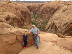 Ellie-and-Mike-Canyonlands