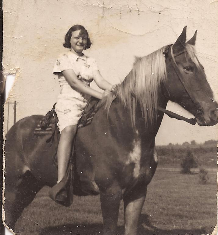 laura-on-horse