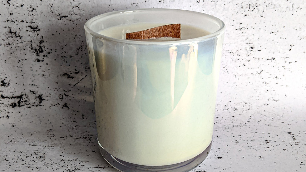 Large vogue candle