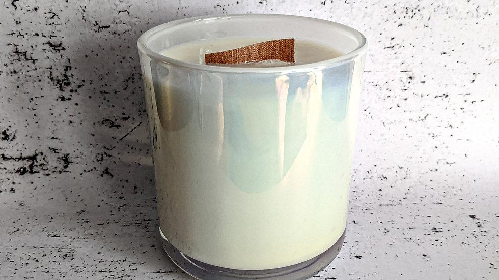 Large vogue candle
