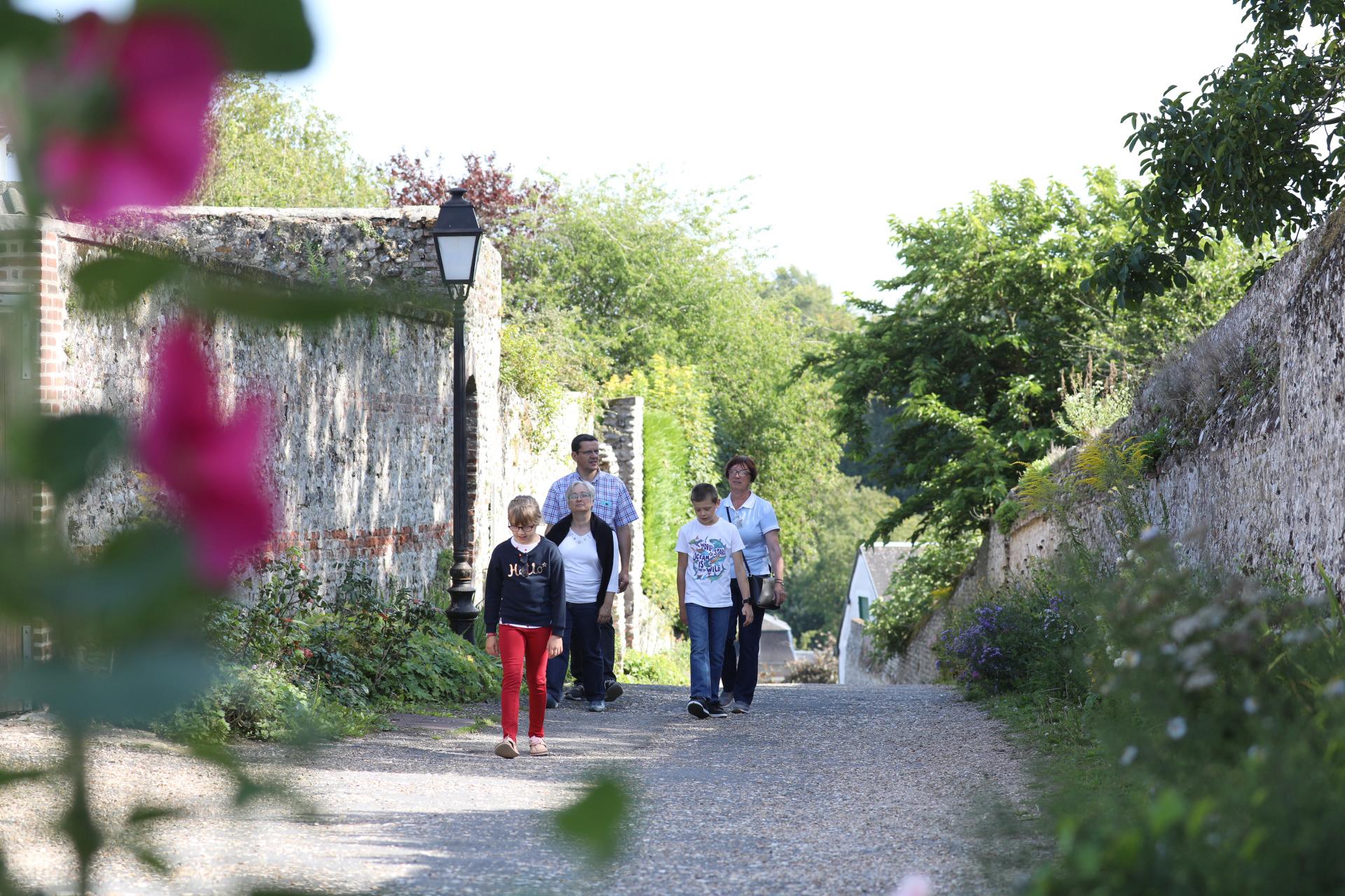 Cité médiévale de St Valery visite guidée quartier des marins saint valery sur somme en baie de somm