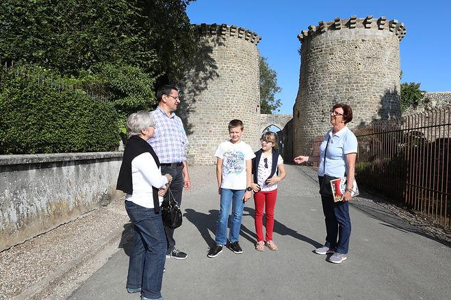 La cité médiévale visite guidée quartier des marins saint valery sur somme en baie de somme