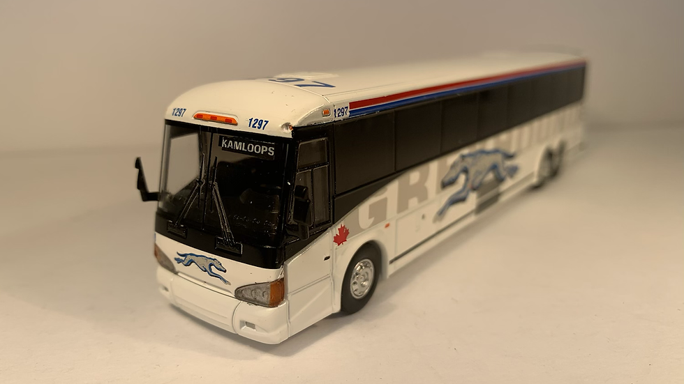 "87-0219 / 1:87 MCI D4505 Greyhound Canada ""KAMLOOPS"" custom destination"