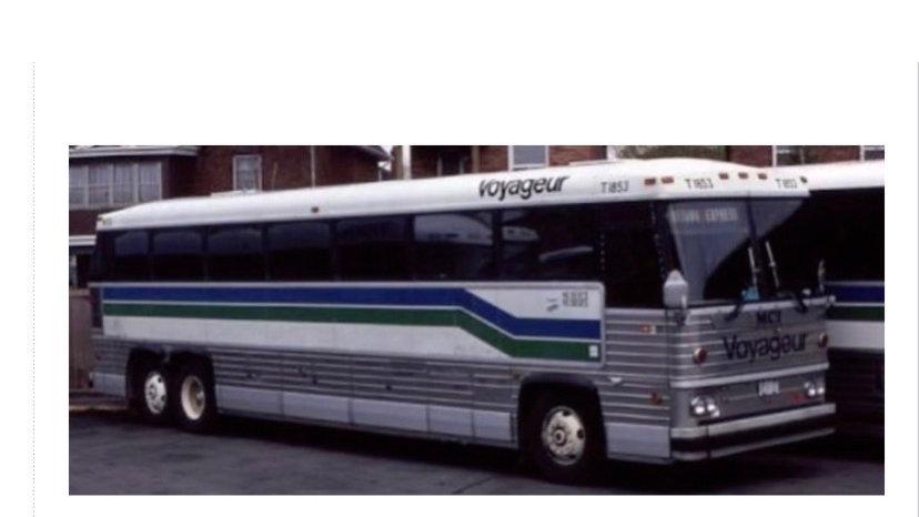 87-0261 / 1:87 1984 MCI MC-9 Voyageur Colonial
