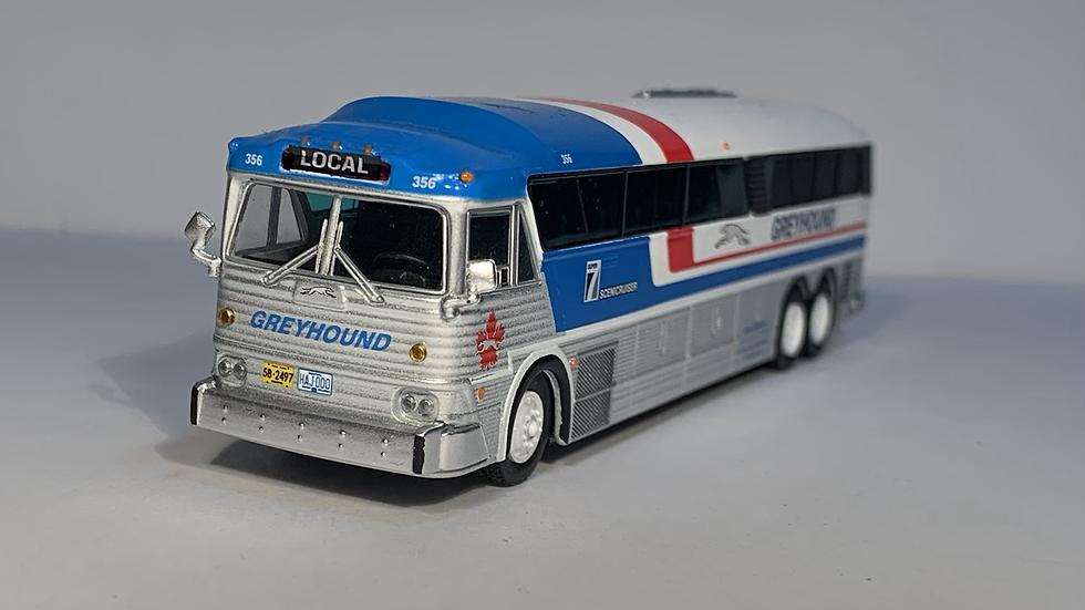 "87-0254 / 1:87 MCI MC-7 Greyhound Freighter  ""LOCAL"" GPX Parcel Express"