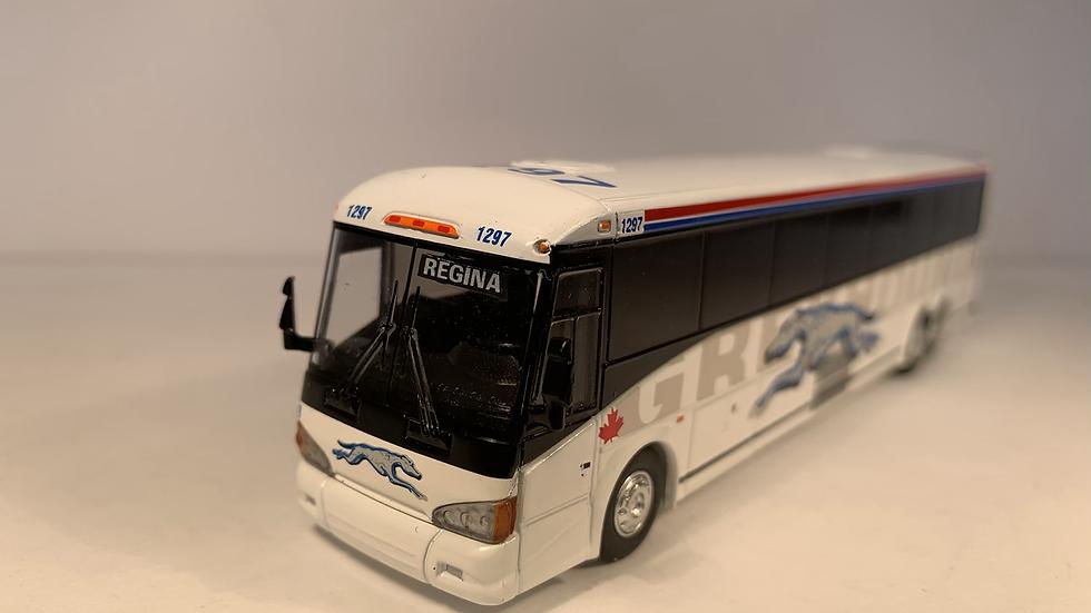 "87-0219 / 1:87 MCI D4505 Greyhound Canada ""REGINA"" custom destination"