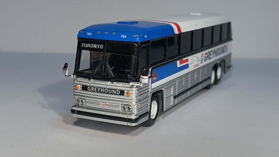 "87-0246 / 1:87 1984 MCI MC-9 ""TORONTO"" Greyhound Canada"