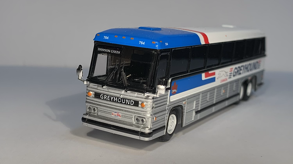 """87-0246 / 1:87 1984 MCI MC-9 """"DAWSON CREEK"""" Greyhound Canada"""