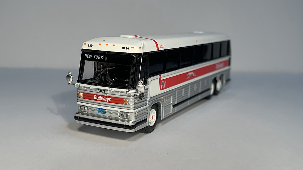 "87-0229 / 1:87 1984 MCI MC-9 Trailways ""NEW YORK"" custom destination"
