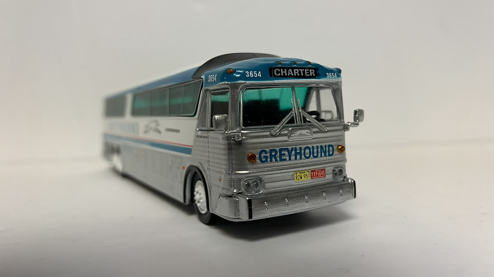 """87-0182 / 1:87 HO MCI MC-7 """"CHARTER"""" Greyhound in """"as delivered"""" scheme"""