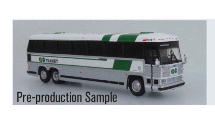 87-0329 / 1:87 MCI MC-9 GO Transit