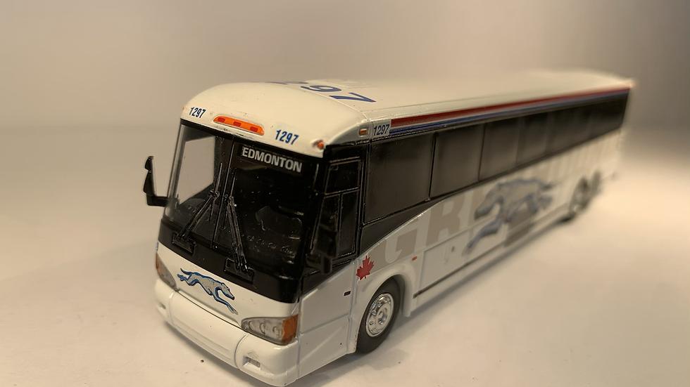 "87-0219 / 1:87 MCI D4505 Greyhound Canada ""EDMONTON"" custom destination"