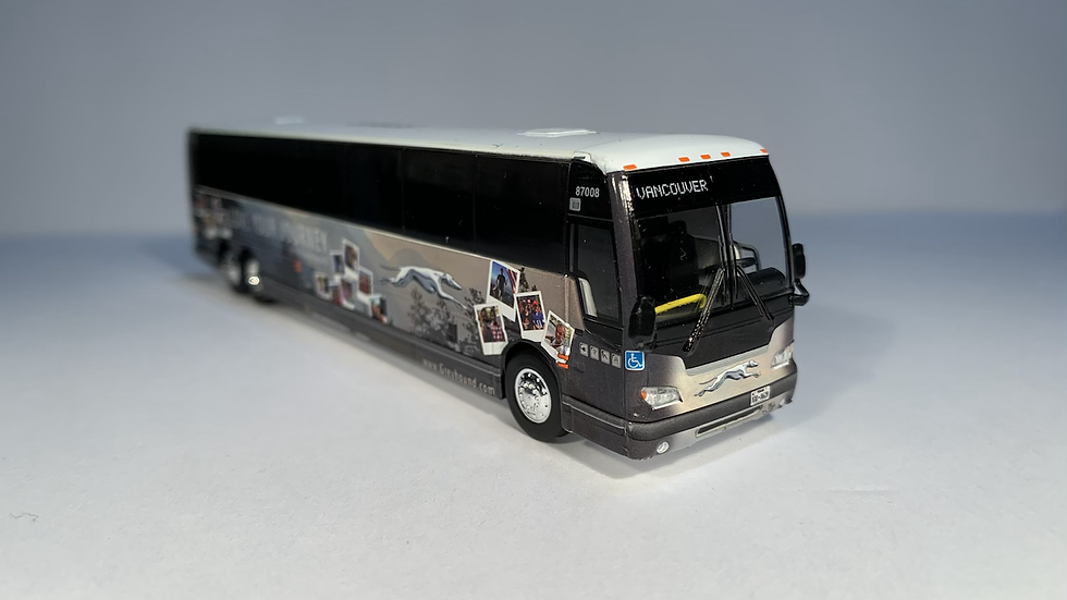 """87-0275 / 1:87 Prevost X3-45 """"VANCOUVER"""" Greyhound """"Love your journey"""""""