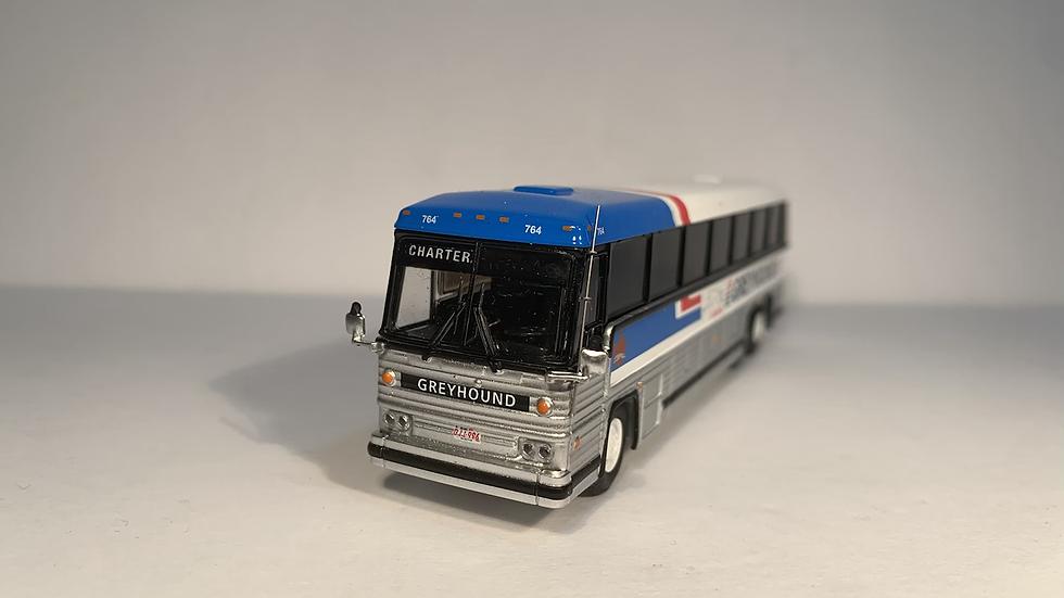 "87-0246 / 1:87 1984 MCI MC-9 ""CHARTER"" Greyhound Canada"