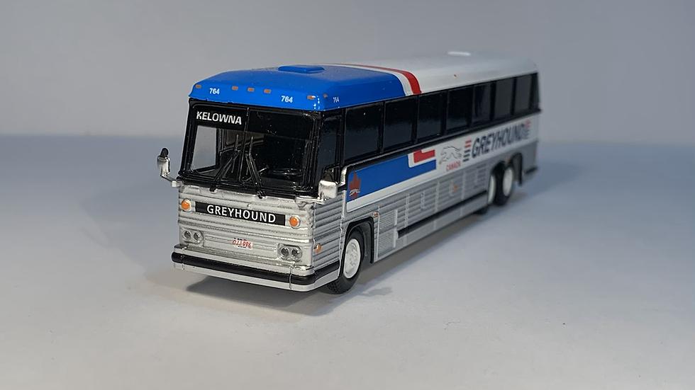 "87-0246 / 1:87 1984 MCI MC-9 ""KELOWNA"" Greyhound Canada"