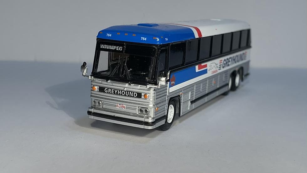"87-0246 / 1:87 1984 MCI MC-9 ""WINNIPEG "" Greyhound Canada"
