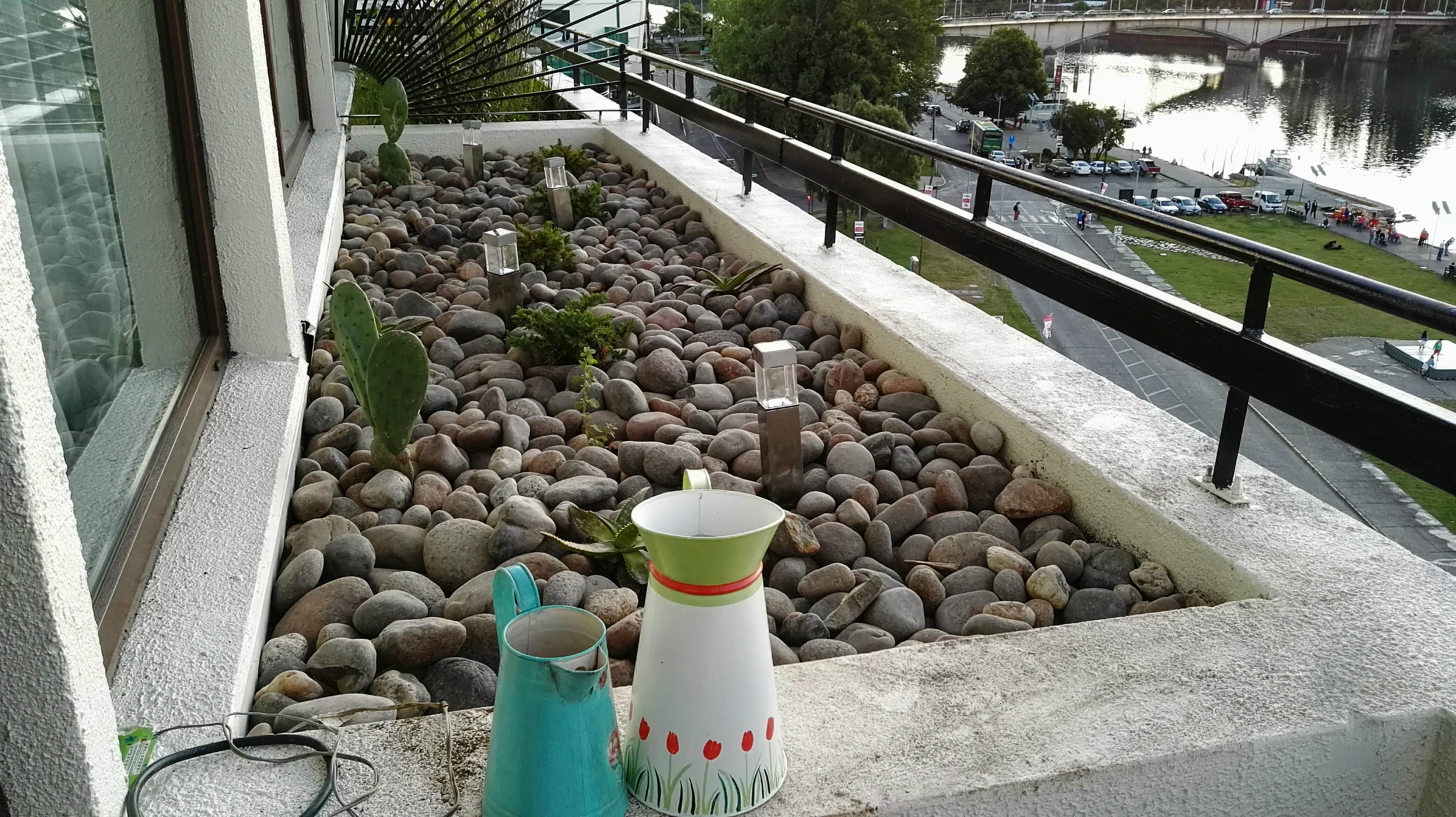 jardinera piedras 2