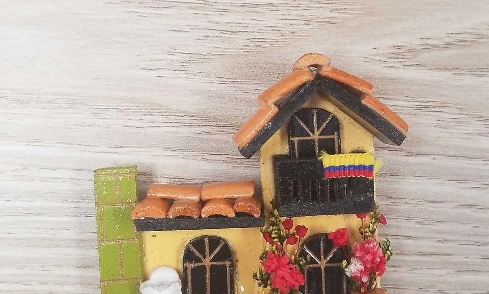yellow house mini magnet