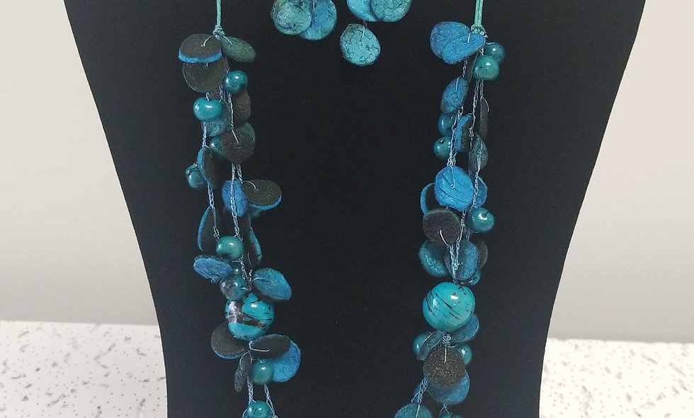 100 % organic  necklaces and earings
