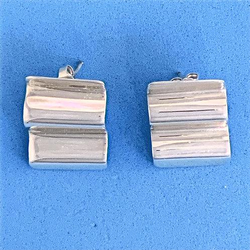 EK 903 Silver Earrings