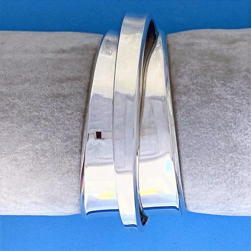 BK 100 Silver Bangle