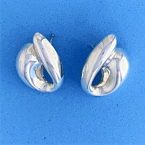 EK 637 Silver Earrings