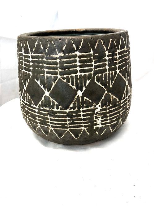 """Brown/ Black Pattern Pot 5"""""""