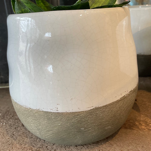 "Cream crackle glaze pot 5""( fits 4"" pot)"