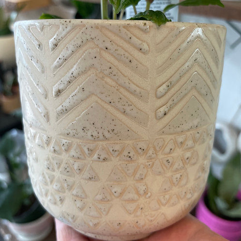 Cream Geometric pot 4""