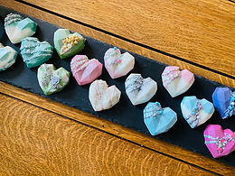 8 cavity geometric heart moulds