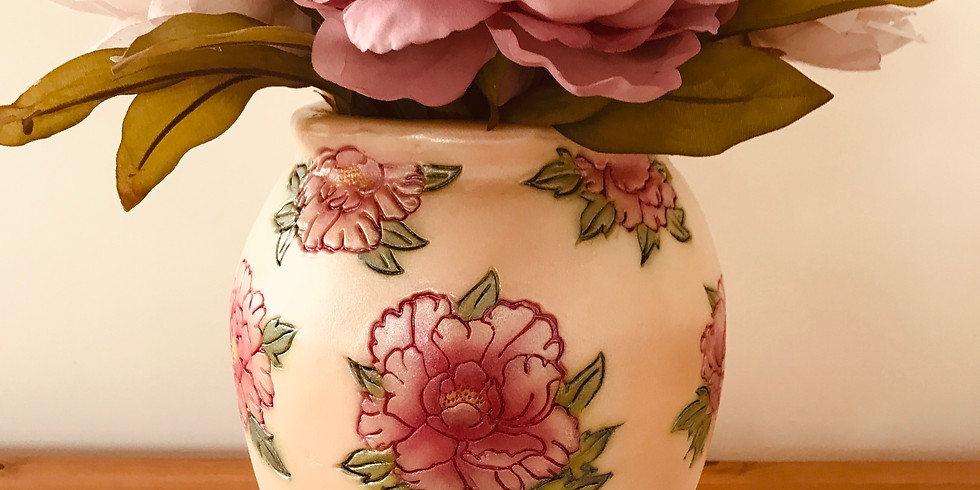 2 Day Peony vase cake , flower and airbrushing class £250