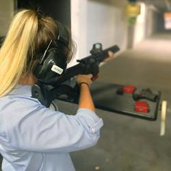 Savanna Redden gun shooting at the range